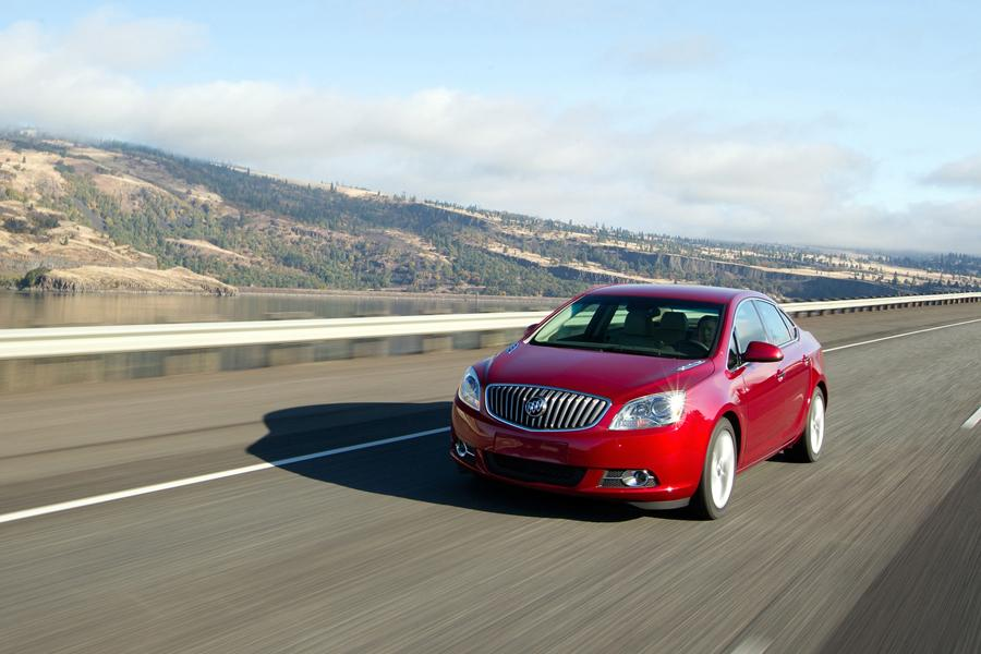 2013 Buick Verano Photo 5 of 15