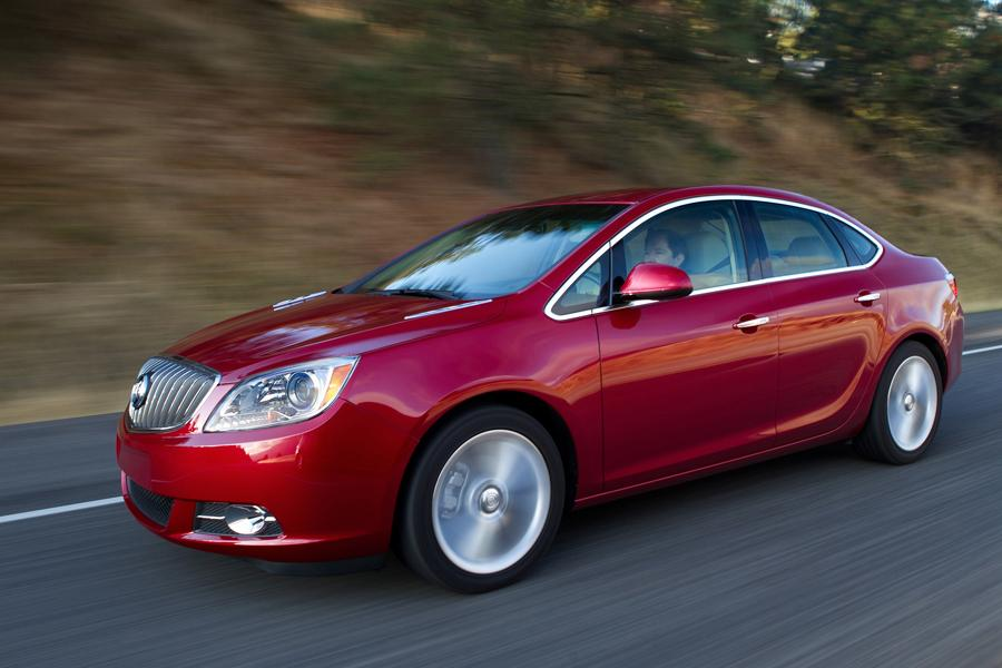 2013 Buick Verano Photo 6 of 15