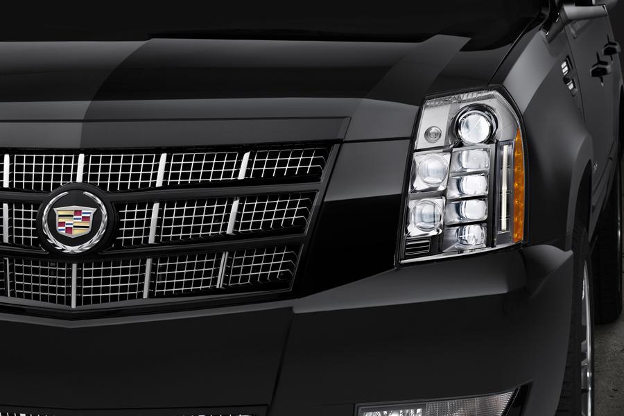 2013 Cadillac Escalade Photo 3 of 7