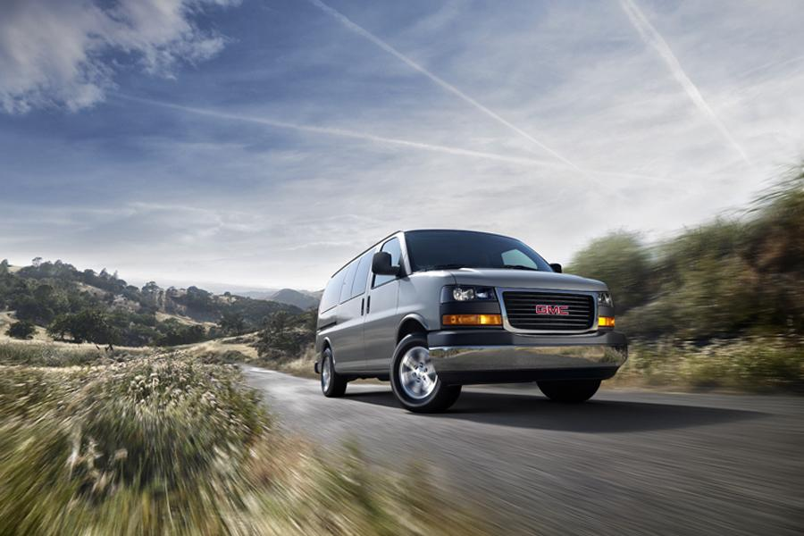 2013 GMC Savana 1500 Photo 3 of 3