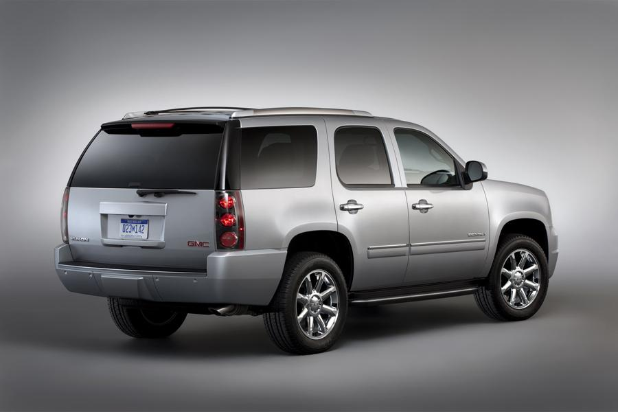 2013 GMC Yukon Photo 4 of 17