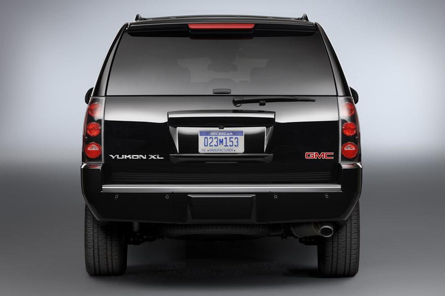 2013 GMC Yukon XL Photo 5 of 10