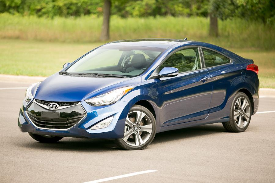 2013 Hyundai Elantra Photo 1 of 20