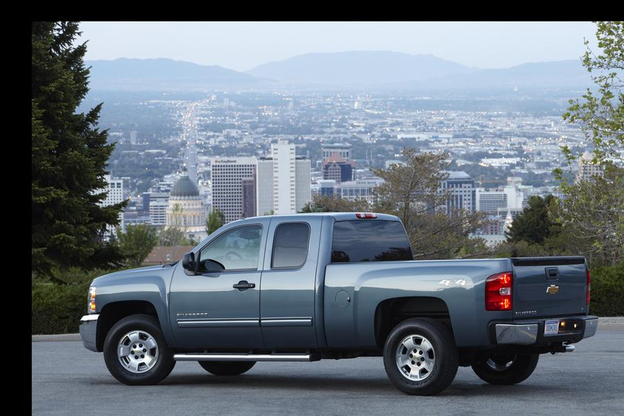 2013 Chevrolet Silverado 1500 Photo 3 of 8