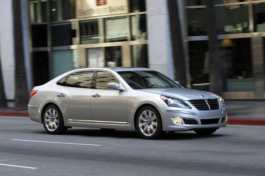 2013 Hyundai Equus Photo 2 of 15