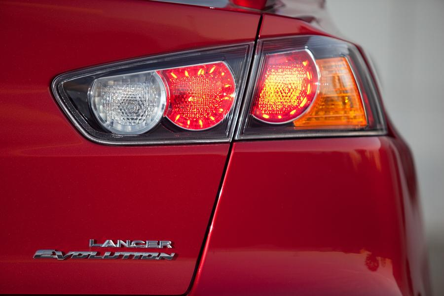 2013 Mitsubishi Lancer Evolution Photo 5 of 12