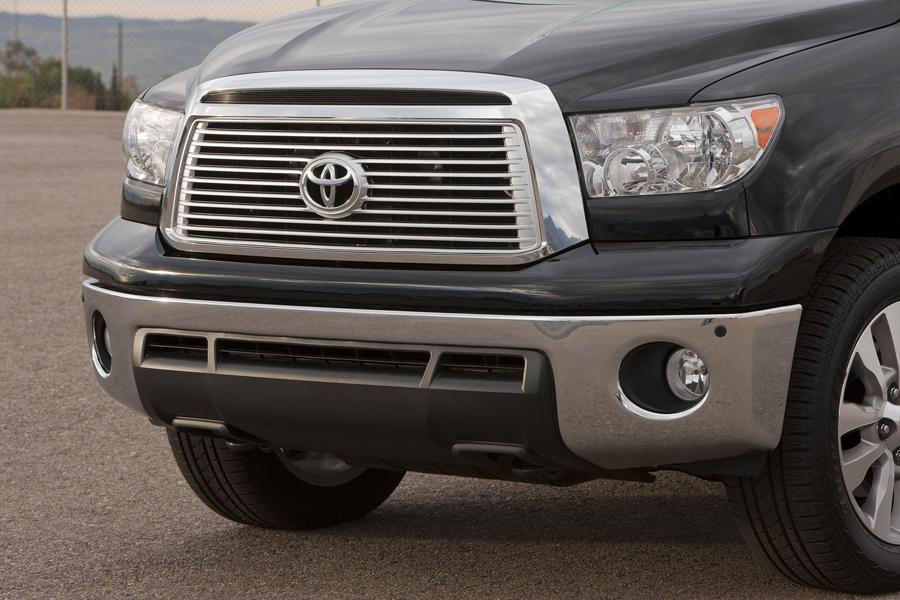 2013 Toyota Tundra Photo 4 of 13