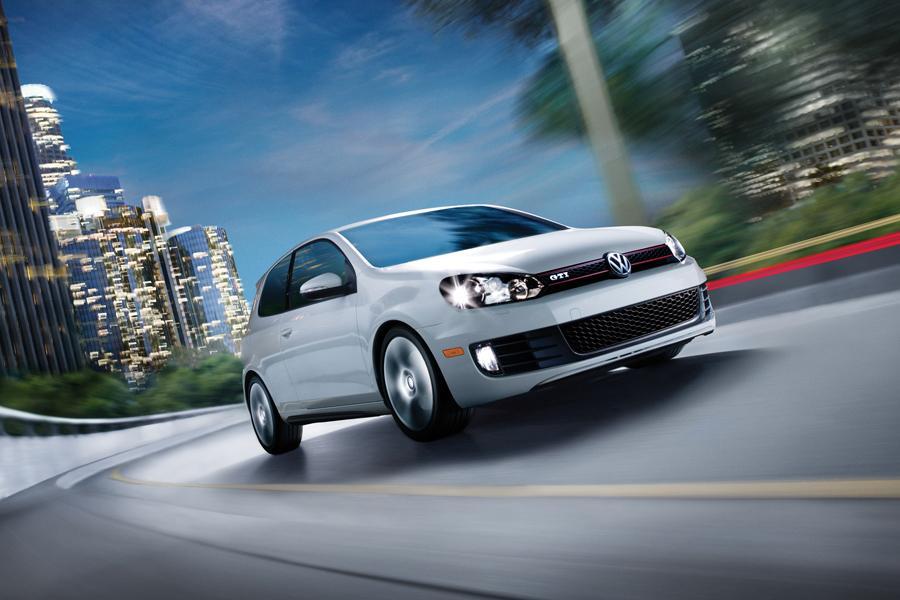 2013 Volkswagen GTI Photo 3 of 6