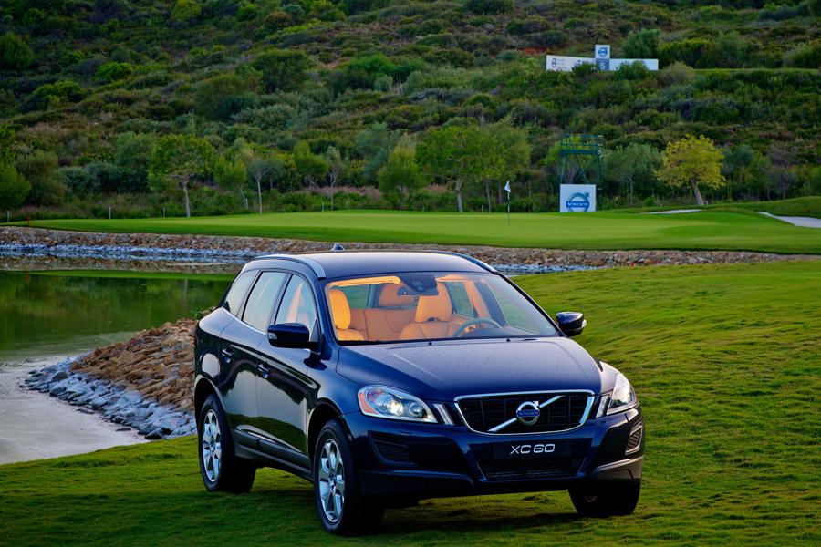 2013 Volvo XC60 Photo 2 of 13