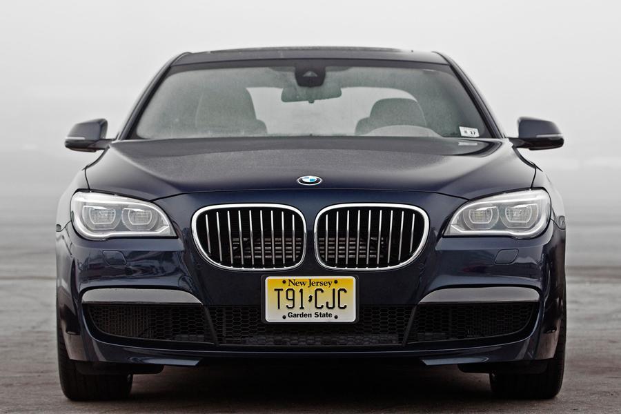 2013 BMW 760 Photo 3 of 12