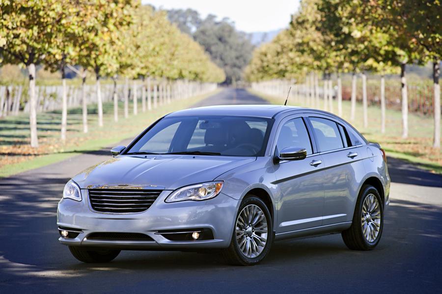 2013 Chrysler 200 Photo 3 of 69