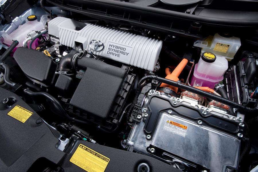 2013 Toyota Prius v Photo 6 of 8