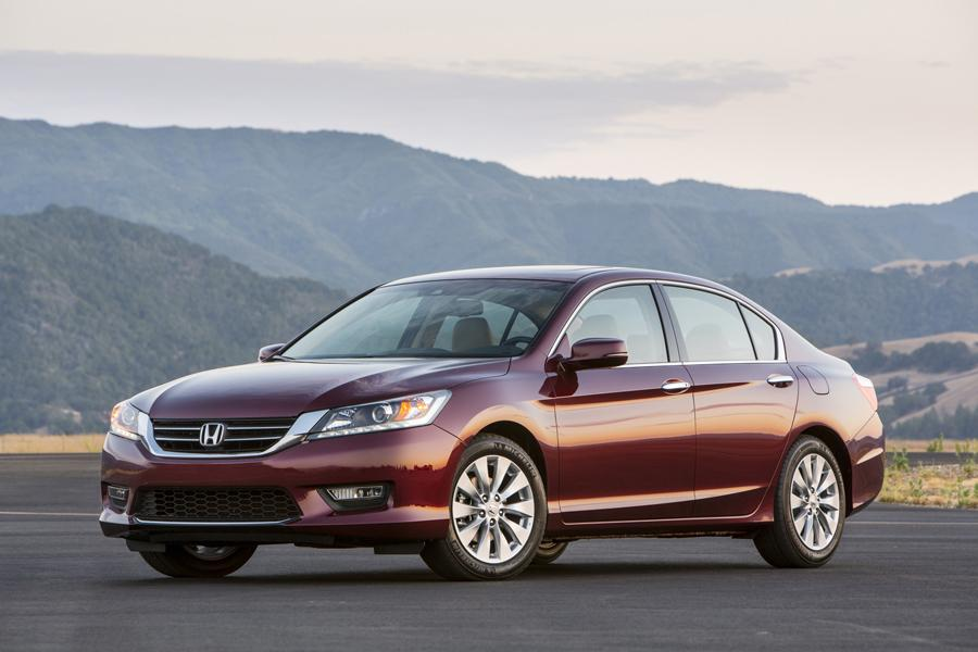 2013 Honda Accord Photo 1 of 19