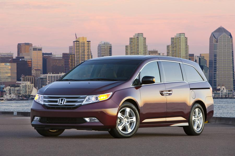 2013 Honda Odyssey Photo 1 of 3