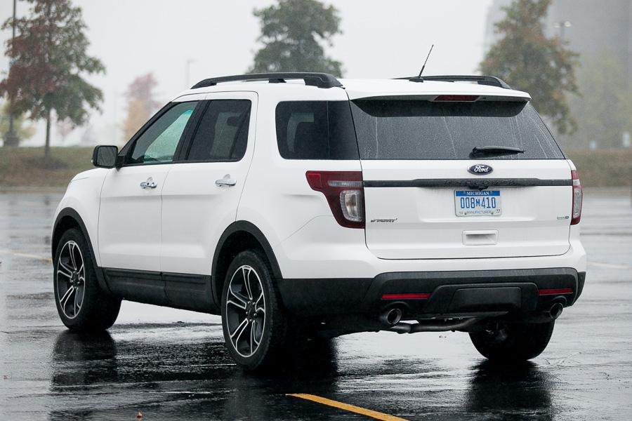2013 Ford Explorer Photo 5 of 20