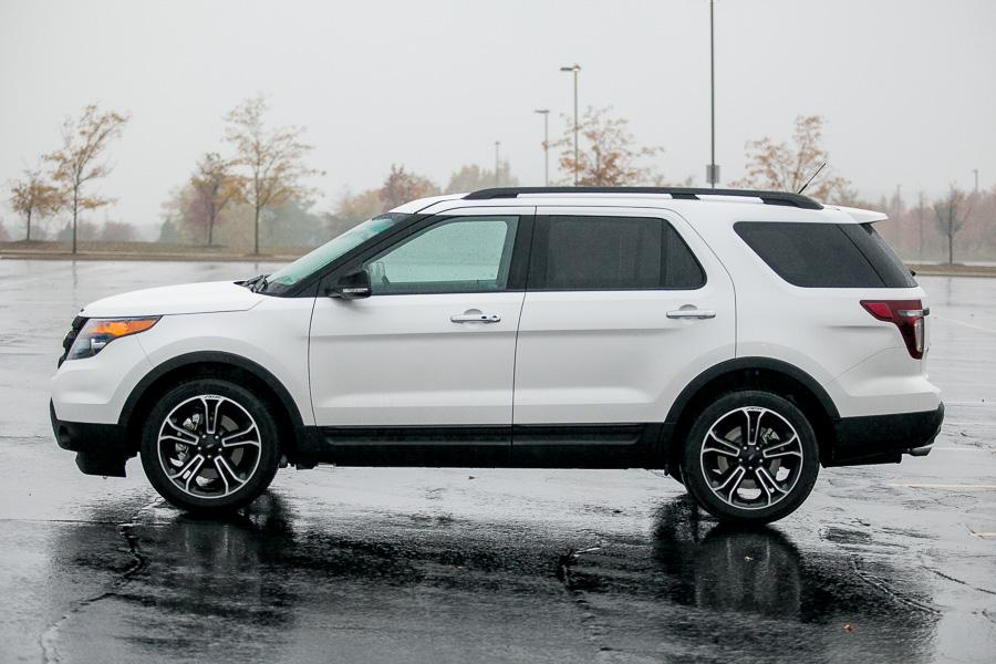 2013 Ford Explorer Overview Cars Com