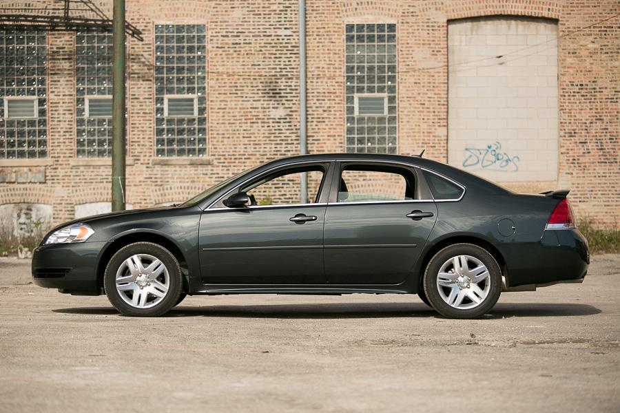 2013 Chevrolet Impala Photo 2 of 20