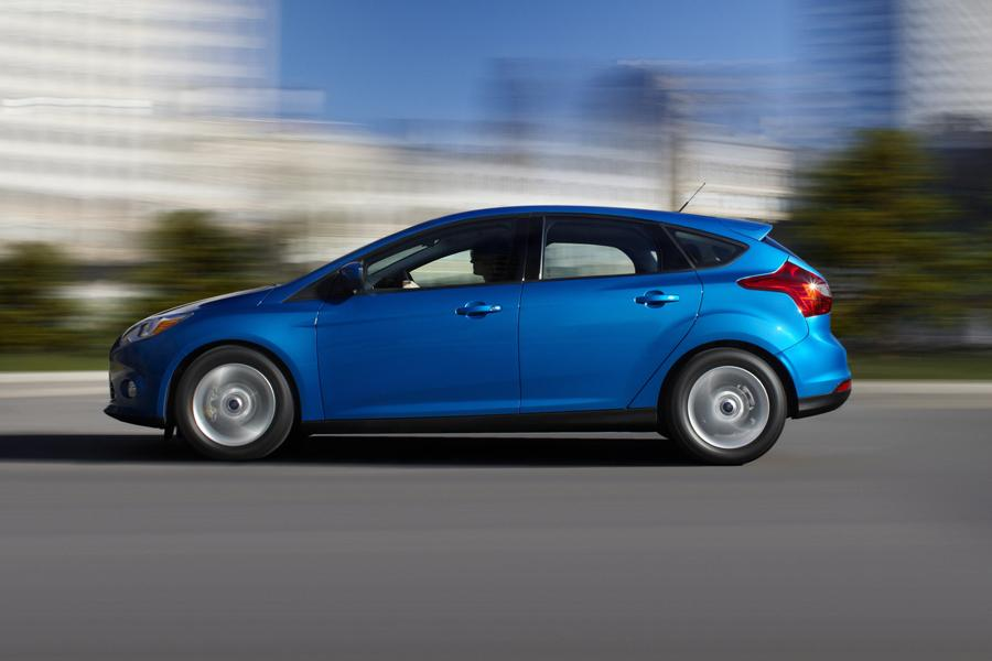2013 Ford Focus Overview  Carscom