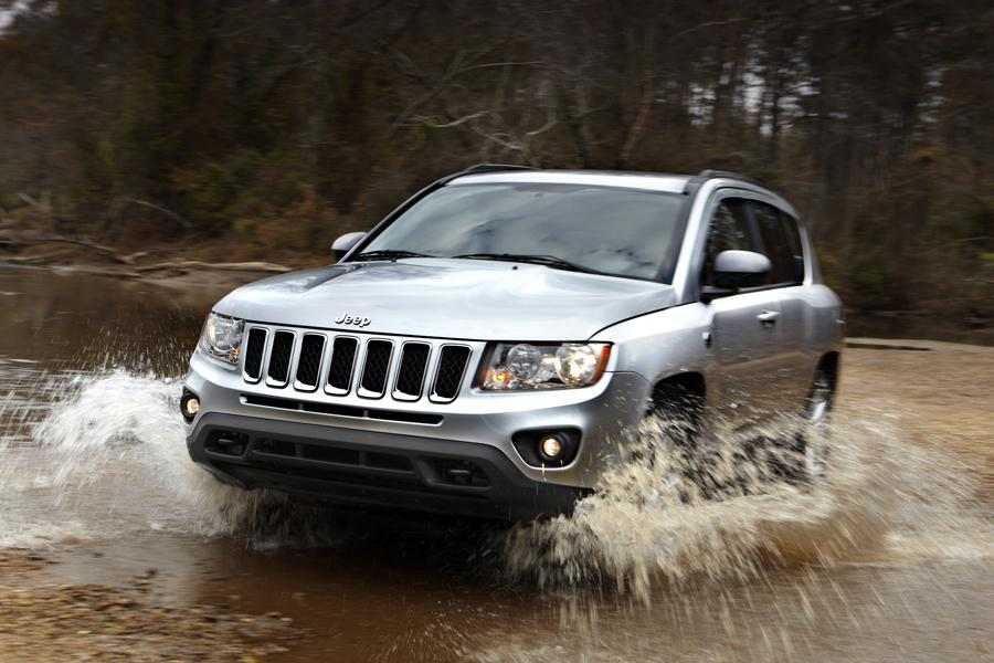 2013 Jeep Compass Photo 2 of 5