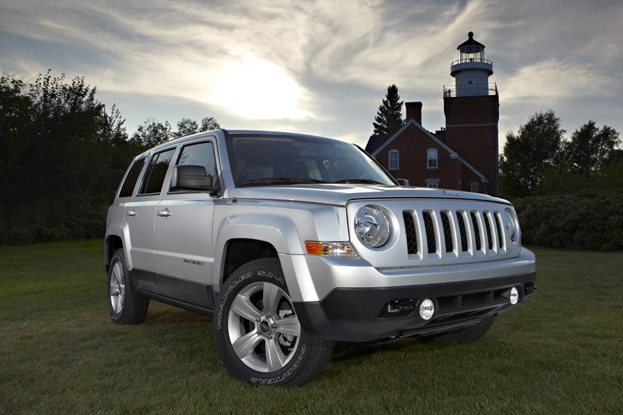 2013 Jeep Patriot Overview | Cars.com