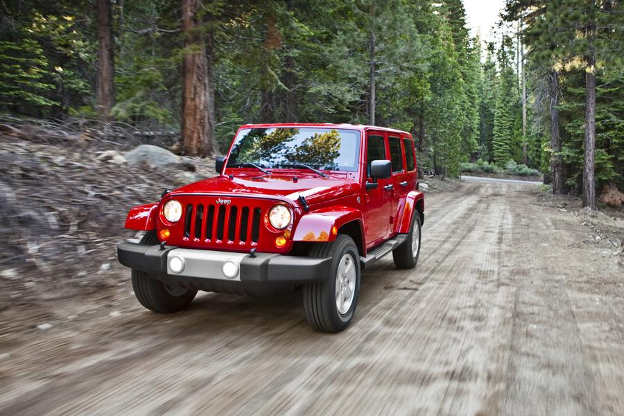 2013 Jeep Wrangler Unlimited Photo 3 of 7