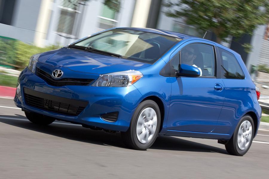 2013 Toyota Yaris Photo 1 of 8