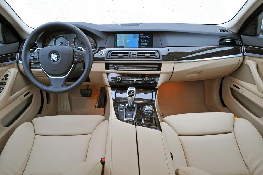 2012 bmw 535 specs pictures trims colors. Black Bedroom Furniture Sets. Home Design Ideas