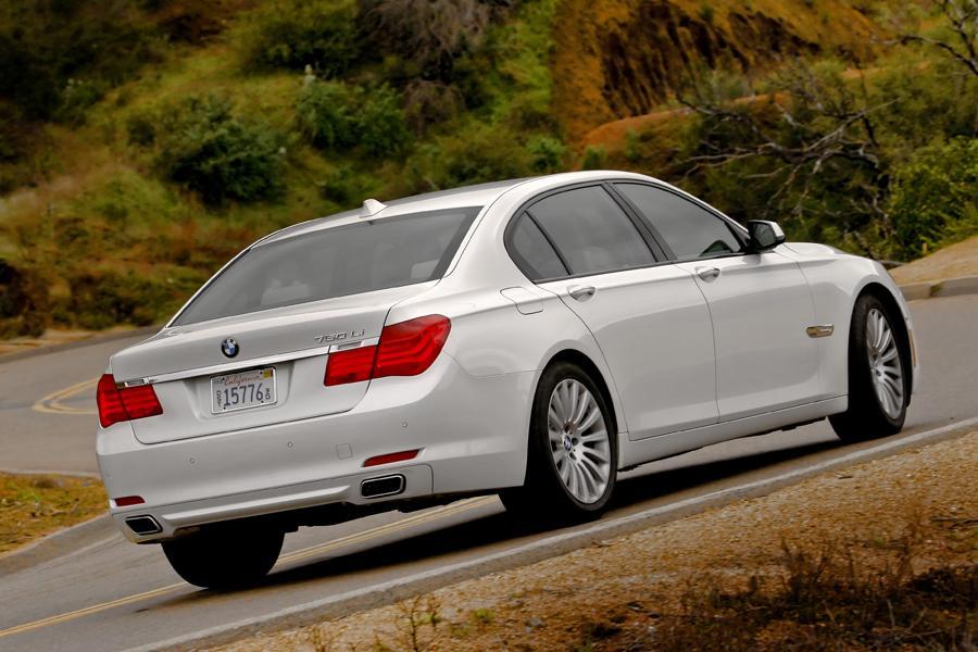 2012 BMW 750 Photo 4 of 12