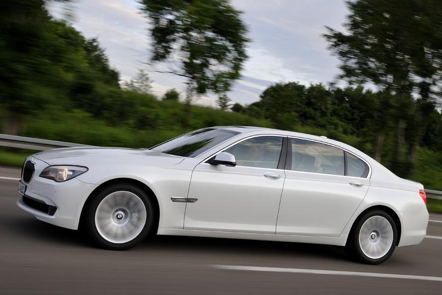 2012 BMW 760 Photo 5 of 15