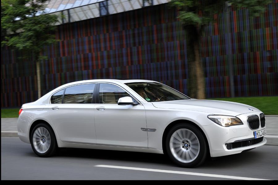 2012 BMW 760 Photo 6 of 15
