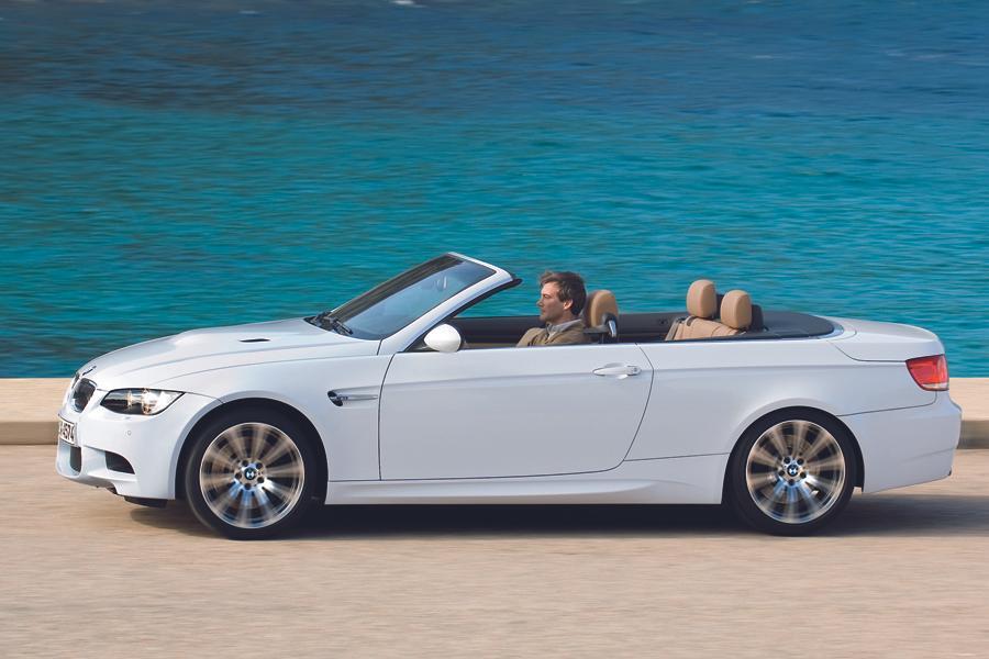 2012 BMW M3 Photo 2 of 11