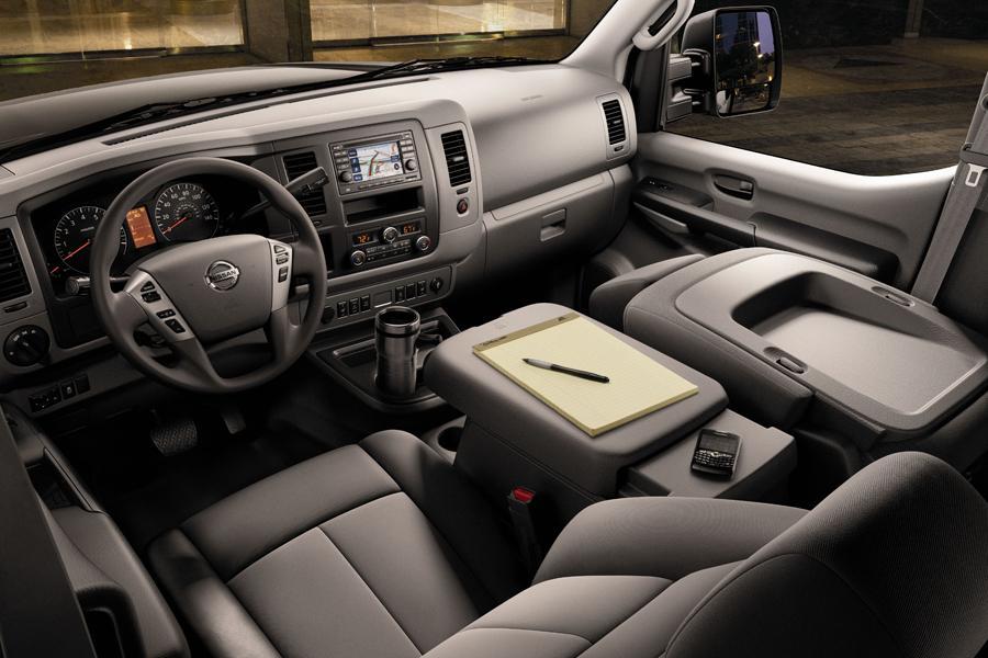 2012 Nissan NV Passenger Photo 4 of 6