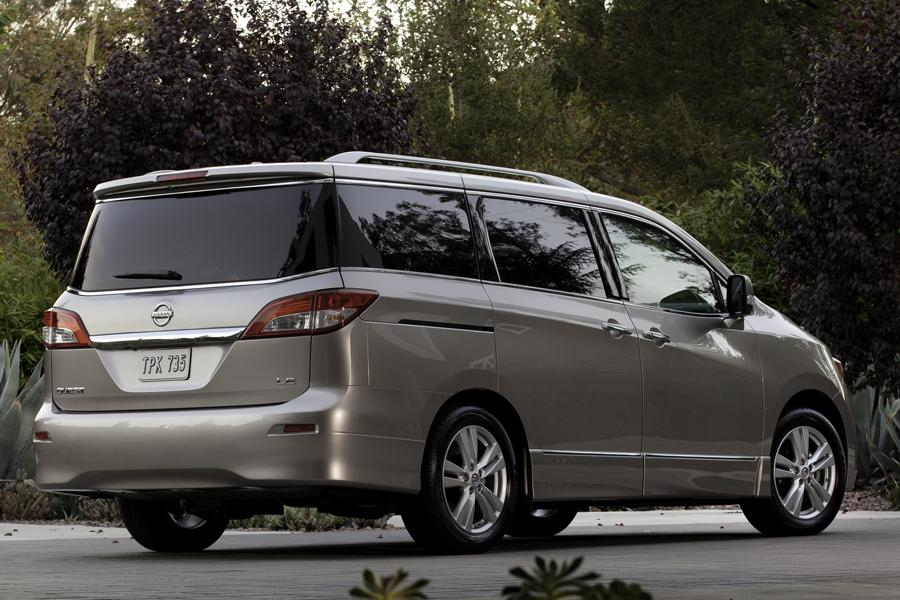 2012 Nissan Quest Photo 2 of 14