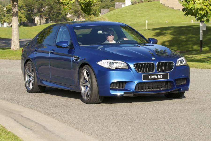 2013 BMW M5 Photo 3 of 37