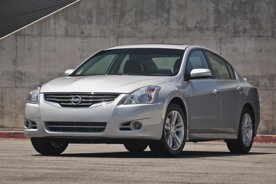2012 Nissan Altima Photo 1 of 20