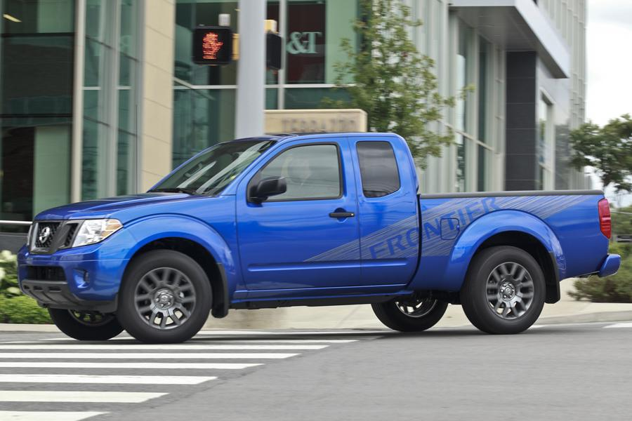 2012 Nissan Frontier Photo 1 of 7