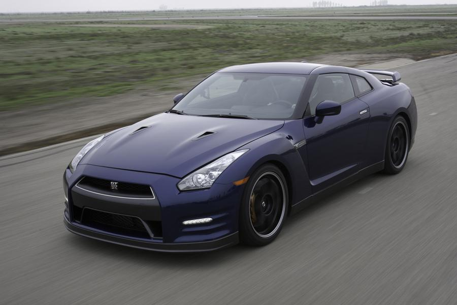 2012 Nissan GT-R Photo 1 of 12