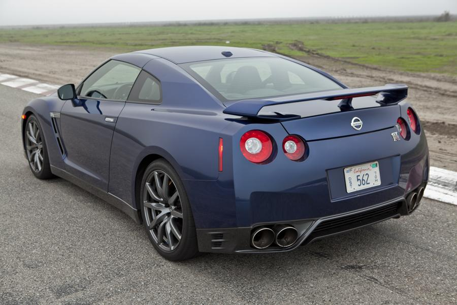 2012 Nissan GT-R Photo 5 of 12