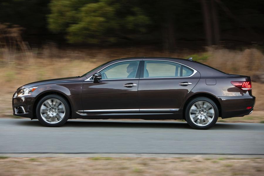 2012 Lexus LS 600h L Photo 3 of 10
