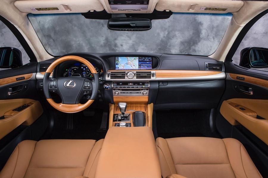 2012 Lexus LS 600h L Photo 6 of 10
