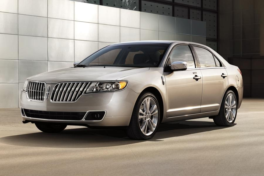 2012 Lincoln MKZ Photo 4 of 9