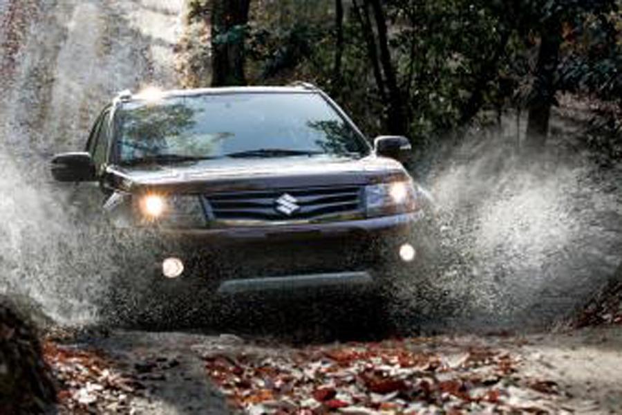 2012 Suzuki Grand Vitara Photo 5 of 12