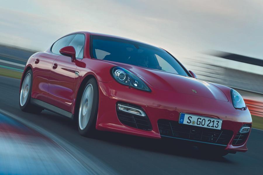 2013 Porsche Panamera Photo 2 of 7