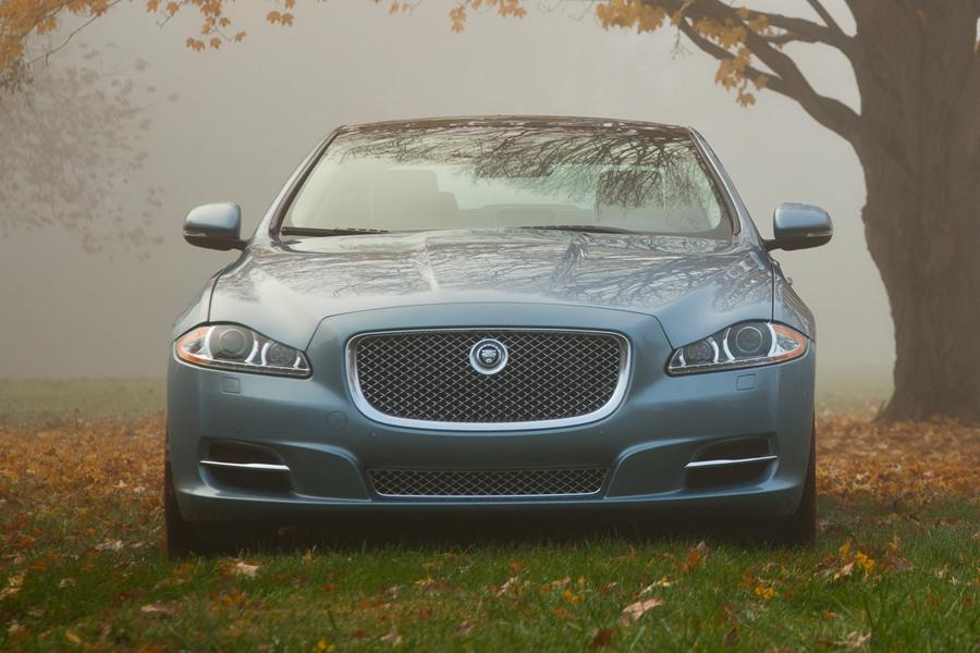 2013 Jaguar XJ Photo 4 of 12