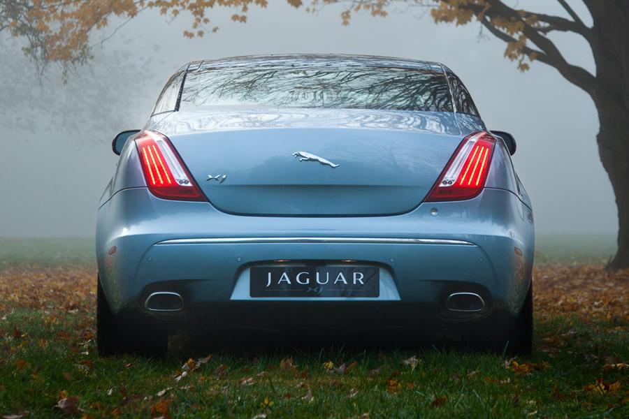 2013 Jaguar XJ Photo 5 of 12