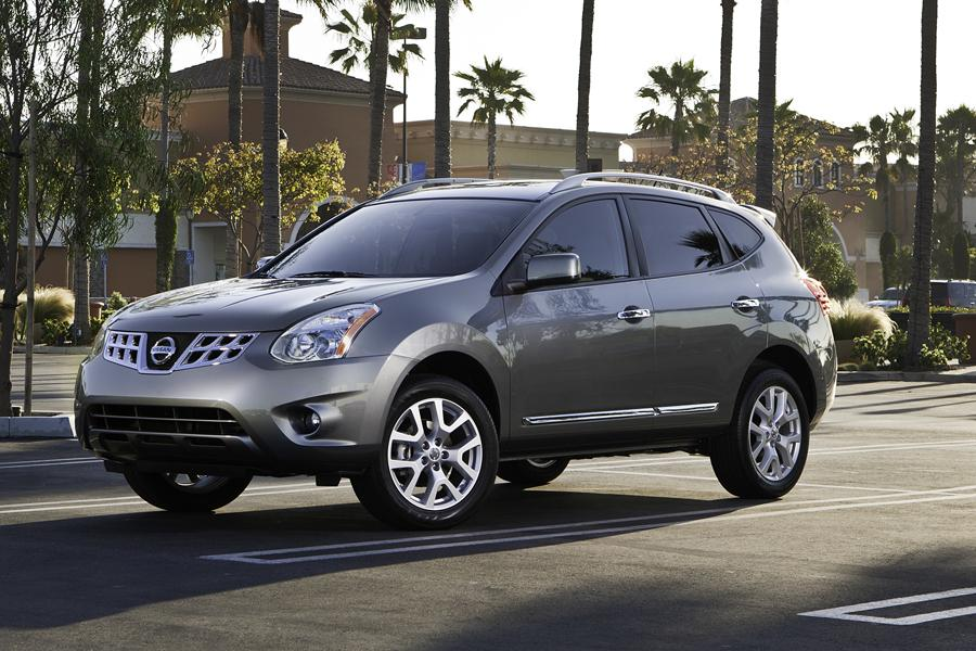 2013 Nissan Rogue Photo 2 of 18
