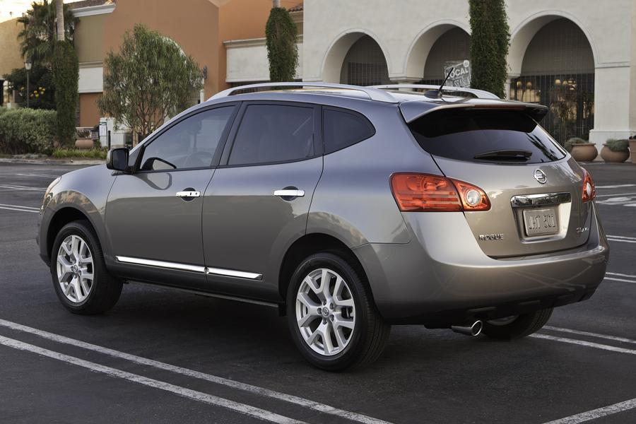 2013 Nissan Rogue Photo 5 of 18