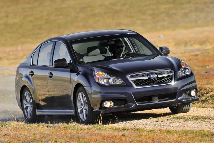 2013 Subaru Legacy Photo 6 of 14