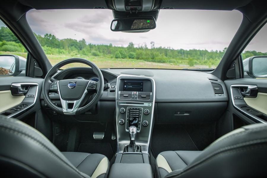 2013 Volvo Xc60 Specs Pictures Trims Colors Cars Com