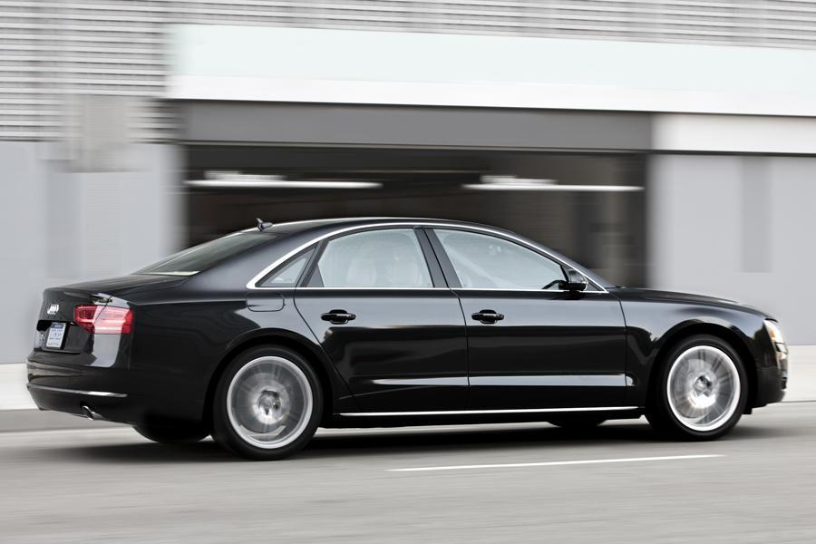2013 Audi A8 Photo 4 of 8